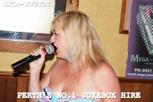 Karaoke Jukebox Singing 7th Ave Bar Saturdays