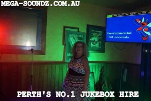 Karaoke Jukebox Singing Stars